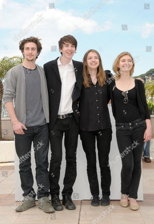 (l-r) English Actors Aaron Johnson Matthew Beard Hannah Murray and Imogen Poots Pose During the Photocall of the Movie 'Chatroom' During the 63rd Cannes Film Festival in Cannes France 14 May 2010 the Movie by Japanese Director Hideo Nakata is Presented in the 'Un Certain Regard' Selection at the Cannes Film Festival 2010 Running From 12 to 23 May France Cannes
