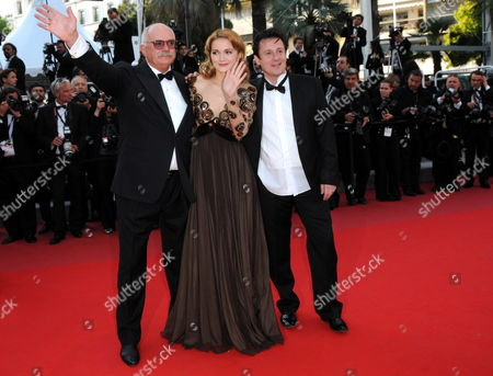 (l-r) Russian Director Nikita Mikhalkov Russian Actress Nadezhda Mihalkova and Russian Actor Oleg Menshikov Arrive For the Screening of the Movie 'Utomlyonnye Solntsem 2: Predstoyanie' (the Exodus - Burnt by the Sun 2) During the 63rd Cannes Film Festival in Cannes France 22 May 2010 the Movie by Nikita Mikhalkov is Presented in Competition at the Cannes Film Festival 2010 Running From 12 to 23 May France Cannes