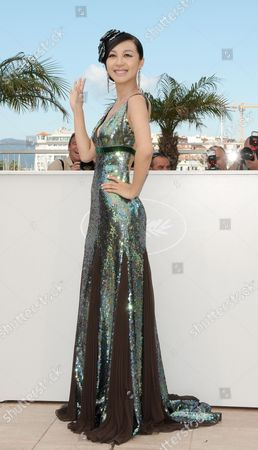 Stock Image of Chinese Actress Li Feier Poses During the Photocall of the Movie 'Rizhao Chongqing' (chongqing Blues) During the 63rd Cannes Film Festival in Cannes France 13 May 2010 the Movie by Chinese Director Wang Xiaoshuai is Presented in Competition at the Cannes Film Festival 2010 Running From 12 to 23 May France Cannes