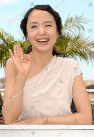 South-korean Actress Jeon Do-youn Poses During the Photocall of the Movie 'The Housemaid' During the 63rd Cannes Film Festival in Cannes France 14 May 2010 the Movie by Im Sang-soo is Presented in Competition at the Cannes Film Festival 2010 Running From 12 to 23 May France Cannes