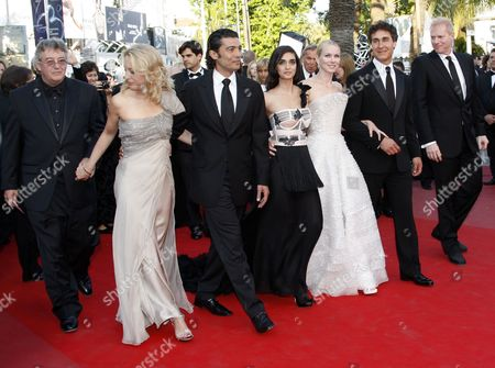 Stock Image of (l-r) Joseph C Wilson and His Wife Former Cia Agent Valerie Plame Egyptian Actor Khaled Nabawy Israeli Actress Liraz Charhi British Actress Naomi Watts Us Director Doug Liman and Us Actor Noah Emmerich Arrive For the Screening of the Movie 'Fair Game' During the 63rd Cannes Film Festival in Cannes France 20 May 2010 the Movie by Doug Liman is Presented in Competition at the Cannes Film Festival 2010 Running From 12 to 23 May France Cannes