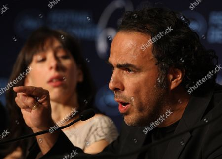 Argentinian Actress Maricel Alvarez (l) and Mexican Director Alejandro Gonzalez Inarritu (r) Attend the Press Conference of the Movie 'Biutiful' During the 63rd Cannes Film Festival in Cannes France 17 May 2010 the Movie by Alejandro Gonzalez Inarritu is Presented in Competition at the Cannes Film Festival 2010 Running From 12 to 23 May France Cannes