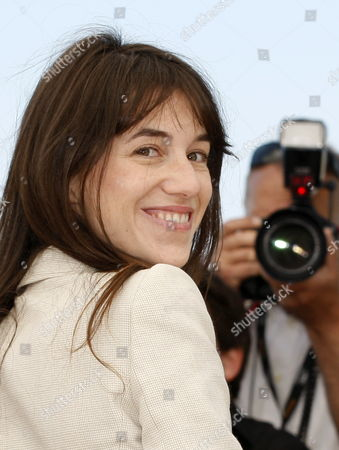 French Singer and Actress Charlotte Gainsbourg Poses During the Photocall of the Movie 'The Tree' During the 63rd Cannes Film Festival in Cannes France 23 May 2010 the Movie by French Director Julie Bertuccelli is Presented out of Competition at the Cannes Film Festival 2010 Running From 12 to 23 May France Cannes