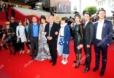 (from R) British Actor Luke Evans British Actor Dominic Cooper British Actress Tamsin Greig British Artist Anne Rothenstein British Director Stephen Frears His Daughter Lola Frears Actor Bill Camp and Guests Arrive For the Screening of the Movie 'Tamara Drewe' During the 63rd Cannes Film Festival in Cannes France 18 May 2010 the Movie by Stephen Frears is Presented in Competition at the Cannes Film Festival 2010 Running From 12 to 23 May France Cannes