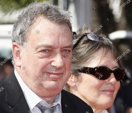 British Director Stephen Frears (l) and His Wife Anne Rothenstein (r) Arrive For the Screening of the Movie 'Tamara Drewe' During the 63rd Cannes Film Festival in Cannes France 18 May 2010 the Movie by Stephen Frears is Presented in Competition at the Cannes Film Festival 2010 Running From 12 to 23 May France Cannes