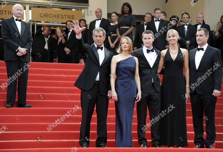 (l-r) President of the Festival Gilles Jacob Welcomes Us Actor Mel Gibson Us Actress and Director Jodie Foster Screenwriter Kyle Killen His Wife Laura Allen and Us Producer Keith Redmon As They Arrive For the Screening of 'The Beaver' During the 64th Cannes Film Festival in Cannes France 17 May 2011 the Movie by Jodie Foster is Presented out of Competition at the Film Festival Running From 11 to 22 May France Cannes