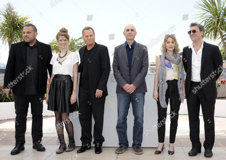 (l-r) Producer David Mandil Israeli Actors Yuval Scharf Shlomo Bar Aba Israeli Director Joseph Cedar Israeli Actors Alma Zak and Lior Ashkenazi Pose During the Photocall For 'Hearat Shulayim' at the 64th Cannes Film Festival in Cannes France 15 May 2011 the Movie by Joseph Cedar is Presented in the Official Competition of the Film Festival Running From 11 to 22 May France Cannes