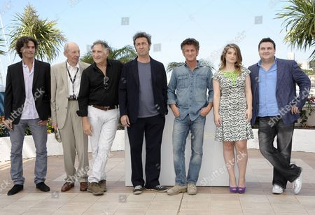 (l-r) Israeli Actor Liron Levo German Actor Heinz Lieven Us Actor Judd Hirsch Italian Director Paolo Sorrentino Us Actor Sean Penn Irish Actress Eve Hewson and Irish Actor Simon Delaney Pose During the Photocall For 'This Must Be the Place' at the 64th Cannes Film Festival in Cannes France 20 May 2011 the Movie by Paolo Sorrentino is Presented in the Official Competition of the Film Festival Running From 11 to 22 May France Cannes