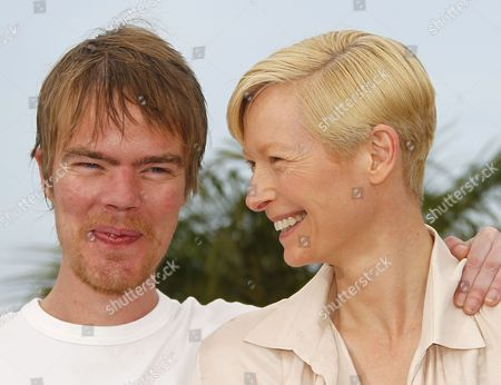 Co-writer Rory Stewart Kinnear (l) and British Actress Tilda Swinton (r) Pose During the Photocall For 'We Need to Talk About Kevin' at the 64th Cannes Film Festival in Cannes France 12 May 2011 the Movie by British Director Lynne Ramsay is Presented in the Official Competition of the Film Festival Running From 11 to 22 May France Cannes