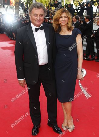 French Screenwriter Patrick Rotman (l) and French Actress Florence Pernel (r) Arrive For the Screening of 'La Piel Que Habito' (the Skin i Live In) During the 64th Cannes Film Festival in Cannes France 19 May 2011 the Movie by Spanish Director Pedro Almodovar is Presented in the Official Competition of the Film Festival Running From 11 to 22 May France Cannes