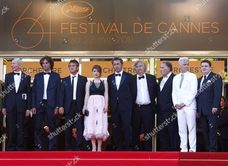 (l-r) German Actor Heinz Lieven Israeli Actor Liron Levo Us Actor Sean Penn Irish Actress Eve Hewson Italian Director Paolo Sorrentino Us Actor Judd Hirsch Irish Actor Simon Delaney and Guests Arrive For the Screening of 'This Must Be the Place' During the 64th Cannes Film Festival in Cannes France 20 May 2011 the Movie by Paolo Sorrentino is Presented in the Official Competition of the Film Festival Running From 11 to 22 May France Cannes
