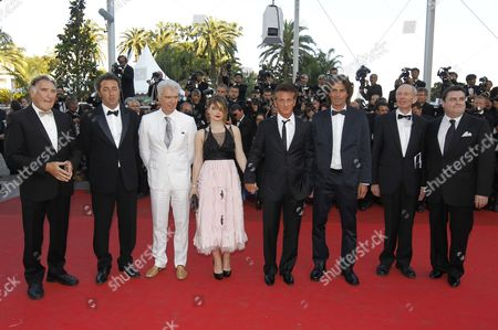 (l-r) Us Actor Judd Hirsch Italian Director Paolo Sorrentino Scottish Born Musician David Byrne Irish Actress Eve Hewson Us Actor Sean Penn Israeli Actor Liron Levo German Actor Heinz Lieven and Irish Actor Simon Delaney Arrive For the Screening of 'This Must Be the Place' During the 64th Cannes Film Festival in Cannes France 20 May 2011 the Movie by Paolo Sorrentino is Presented in the Official Competition of the Film Festival Running From 11 to 22 May France Cannes