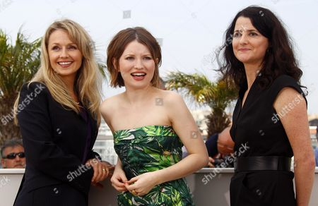 (l-r) Australian Actresses Rachael Blake Emily Browning and Australian Director Julia Leigh Pose During the Photocall For 'Sleeping Beauty' at the 64th Cannes Film Festival in Cannes France 12 May 2011 the Movie by Julia Leigh is Presented in the Official Competition of the Film Festival Running From 11 to 22 May France Cannes