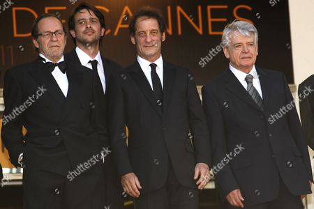 French Actor Vincent Lindon (2-r) French Director Alain Cavalier (r) and Guests Arrive For the Screening of 'Pater' During the 64th Cannes Film Festival in Cannes France 17 May 2011 the Movie by Alain Cavalier is Presented in the Official Competition of the Film Festival Running From 11 to 22 May France Cannes