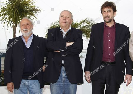 (l-r) Italian Actor Renato Scarpa Polish Actor Jerzy Stuhr and Italian Director Nanni Moretti Pose During the Photocall For 'Habemus Papam' at the 64th Cannes Film Festival in Cannes France 13 May 2011 the Movie by Nanni Moretti is Presented in the Official Competition of the Film Festival Running From 11 to 22 May France Cannes
