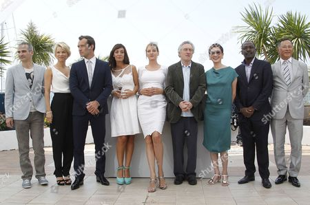 President of the Jury Us Director Robert De Niro (4-r) Poses with Jury Members French Director Olivier Assayas Norwegian Writer Linn Ullmann British Actor Jude Law Argentine Actress Martina Gusman Us Actress Uma Thurman Hong Kong Director Nansun Shi Chadian Director Mahamat Saleh Haroun and Hong Kong Director Johnnie to During the Photocall of the Jury at the 64th Cannes Film Festival in Cannes France 11 May 2011 the Film Festival Runs From 11 to 22 May France Cannes