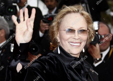 Us Actress Faye Dunaway Arrives For the Screening of 'Sleeping Beauty' During the 64th Cannes Film Festival in Cannes France 12 May 2011 the Movie by Australian Director Julia Leigh is Presented in the Official Competition of the Film Festival Running From 11 to 22 May France Cannes