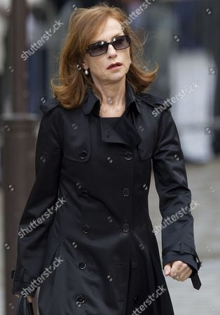 French Actress Isabelle Huppert Arrives For a Ceremony to Pay Tribute to French Film Maker Claude Chabrol in Paris France 17 September 2010 Chabrol who Died at the Age of 80 on 17 September 2010 is One of France's Most Eminent Film Directors and Known For Founding the New Wave Movement in French Cinema of the 1950s France Paris