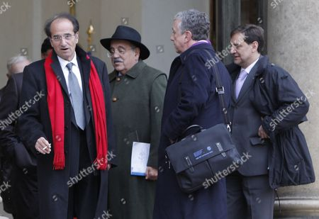 International Economists France's Jean-paul Fitoussi (l) Italian Marcello De Cecco (2nd L) Us Robert Johnson (2nd R) and Ecuador's Perez Pedro Paez Leave the Elysee Palace in Paris France 06 January 2011 After a Working Lunch with French President Nicolas Sarkozy and International Economists to Prepare the G20 Meeting French President Has Set As G20 Priorities a Major Overhaul of the Global Economy's Infrastructure Including a Reforming the Monetary System and Ending Excessive Price Swings in Commodity Markets As Well As Improving Economic Governance France Paris