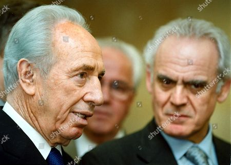 Athens Greece : Greek Defence Minister Akis Tsochatzopoulos (r) and Israeli Minister of Foreign Minister Shimon Peres (r) Talk to the Press After Their Meeting in Athens on Wednesday 04 April 2001 (film)