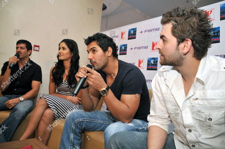 Indian Bollywood Director Kabir Khan (l) Adresses the Media with Bollywood Actors and Cast Members Katrina Kaif (2-l) John Abraham (2-r) and Neil Nitin Mukesh (r) During a Promotional Event For His Film 'New York' in the Southern Indian City of Bangalore 24 June 2009 the Movie Tells the Story of Three Young Friends Whose Lives Take an Unexpected Turn After the 9/11 Terror Attacks in Usa India Bangalore