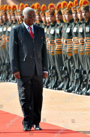 President of the Republic of Mozambique Armando Emilio Guebuza (c) Inspects the Guard of Honor During a Welcoming Ceremony at the Presidential Palace in New Delhi India on 30 September 2010 President Armando Emilio Guebuza is on a Four Day Official Visit to India India New Delhi