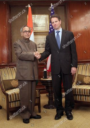 Indian Finance Minister Pranab Mukherjee (l) Shakes Hand with Us Treasury Secretary Timothy F Geithner (r) During Their Meeting in New Delhi India 06 April 2010 Geithner is in India on an Official Visit India New Delhi