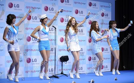 South Korean K-pop Girl Group Kara Members (l-r) Han Seung-yeon Jung Nicole Koo Ha-ra Park Gyuri Kang Jiyoung Dance During an Event Promoting Lg Electronics' New Smart Phone 'Optimus Bright' in Tokyo Japan 17 June 2011 After Debuted with Their First Album in 2007 in South Korea the Group Made Their Debut in Japan Three Years Later to Catch a Large Success in Japanese Audience Their Following Singles Ranked First in Japanese Charts Japan Tokyo