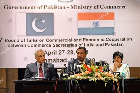 Editorial picture of Pakistan India Trade - Apr 2011