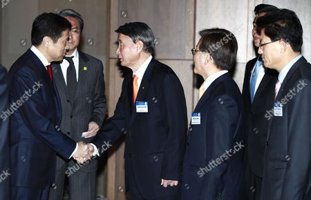 Mongolian Prime Minister Sukhbaataryn Batbold (l) is Greeted by the Presidents of Four Economic Organizations Kwon Soon-han (3-r) Chairman of Soyee Product Inc Lee Dong-geun (2-r) Executive Vice Chairman Korea Chamber of Cornmerce and Industry Song Jae-hee (r) Ececutive Vice Chairman Korea Federation of Small and Medium Business(kbiz) and Park Chang-kyoo (not Pictured) Ceo Lotte Construction & Engineering) Prior Their Meeting at Shilla Hotel in Seoul South Korea 25 March 2011 Mongolian Prime Minsiter Batbold Arrived in Seoul For a Three Day Visit Korea, Republic of Seoul