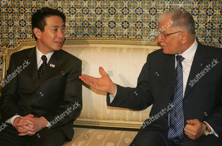 Tunisian Foreign Minister Kamel Morjane (r) Meets His Conterpart Japanese's Seiji Maehara (l) in Tunis on December 11 2010 Seiji Maehara is on a Two-day Afficial Visit to Tunisia Tunisia Tunis
