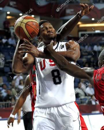 Usa's Rudy Gay (c) is Fouled by Angola's Carlos Almeida (r) During the Fiba World Basketball Championship Round of 16 Match Between Usa and Angola in Istanbul Turkey on 06 September 2010 Turkey Istanbul