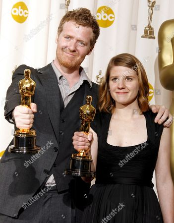 Irish Musician Glen Hansard (l) and Czech Musician Marketa Irglova Hold Their Oscars For Achievement in Music (original Song) For 'Falling Slowly' at the 80th Annual Academy Awards at the Kodak Theatre in Hollywood California Usa 24 February 2008 the Academy Awards Popularly Known As the Oscars Are Presented by the Academy of Motion Picture Arts and Sciences (ampas) to Recognize Excellence of Professionals in the Film Industry Including Directors Actors and Writers