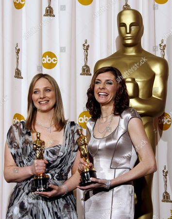 Us Producer Vanessa Roth (l) and Cinematographer Cynthia Wade Hold Their Oscars For Best Documentary Short Subject For 'Freeheld' at the 80th Annual Academy Awards at the Kodak Theatre in Hollywood California Usa 24 February 2008