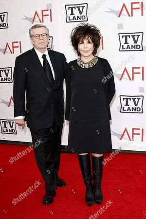 Us Business Executive Bob Daly Arrives with His Songwriter Wife Carole Bayer Sager at the 38th Afi Life Achievement Award Honoring Mike Nichols Held at Sony Pictures Studios in Los Angeles California Usa 10 June 2010 the Afi Life Achievement Award was Established by the American Film Institute in 1973 to Honor a Single Individual For His Or Her Lifetime Contribution to American Culture Through Cinema and Television United States Los Angeles