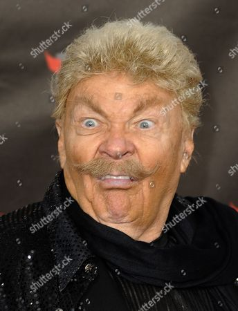 Stock Image of Us Comedian Rip Taylor Makes a Face As He Arrives For the 16th Annual Critics Choice Movies Awards in Hollywood California Usa 14 January 2011 the Awards Are Sponsored by the Broadcast Film Critics Association Representing More Than 250 Television Radio and Online Critics United States Hollywood