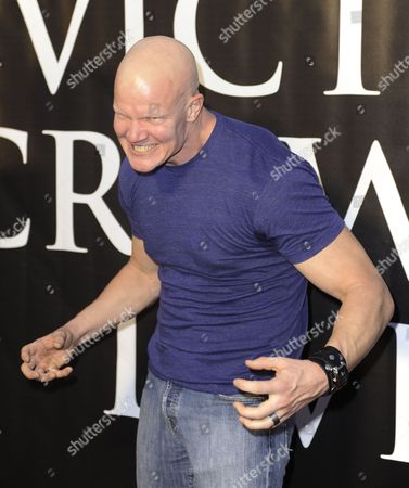 Us Actor Derek Mears Strikes a Pose As He Arrives For the Premiere of the Horror Movie Hatchet Ii at the Egyptian Theatre in Hollywood California Usa 28 September 2010 Hatchet Ii is a Slasher Film Directed Written and Produced by Adam Green and Takes Place in the Louisiana Bayou Hatchet Ii is Unrated Horror Movie with Extreme Violence United States Hollywood