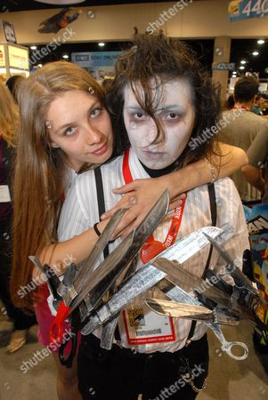 Tanya Dibrova (l) and Liz Torres (r) Pose For a Photograph on the Second Day of Comic Con International 2010 in San Diego California Usa on 23 July 2010 Torres is Dressed As the Movie Character Edward Scissorhands and Dibrova As Kim the Girl Scissorhands Has a Crush on United States San Diego
