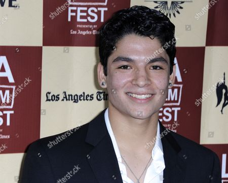 Stock Image of Us Actor and Cast Member Bobby Soto Arrives For the Premiere of 'A Better Life' in Los Angeles California Usa 21 June 2011 'A Better Life' is the Story of a Father's Love and the Lengths a Parent Will Go to Build a Better Life For His Child United States Los Angeles