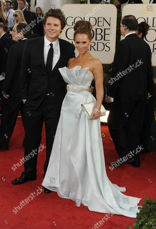 Us Actress Jennifer Love Hewitt (r) and Boyfriend Us Actor Alex Beh Arrive at the 68th Golden Globe Awards Held at the Beverly Hilton Hotel in Los Angeles California Usa 16 January 2011 United States Los Angeles