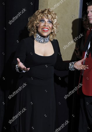 Us Singer Roberta Flack Poses For Photos at the 52nd Annual Grammy Awards at the Staples Center in Los Angeles California Usa 31 January 2010 the Grammys Are Presented Annually by the National Academy of Recording Arts and Sciences of the United States For Outstanding Achievements in the Music Industry United States Los Angeles