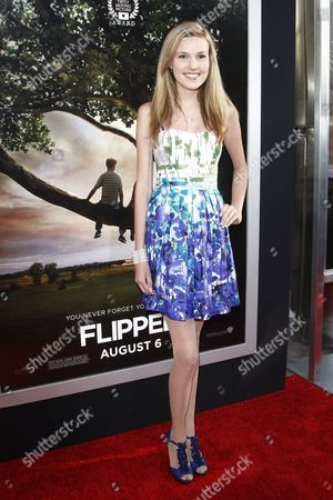 Us Actress Cast Member Alora Catherine Smith Arrives For the Usa/la Film Premiere of 'Flipped' Held at the Cinerama Dome in Los Angeles Usa on 26 July 2010 the Movie Will Be Released in the Usa on 06 August 2010 United States Los Angeles