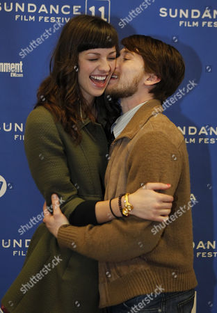 Actor Lou Taylor Pucci (r) and is Girlfriend Hannah Foster (l) Joke Around Before the Premier of 'The Music Never Stopped' During the 2011 Sundance Film Festival in Park City Utah Usa 22 January 2011 the Movie by Director Jim Kohlberg is One of the Premier Movies at the Festival Running From 20 to 30 January United States Park City