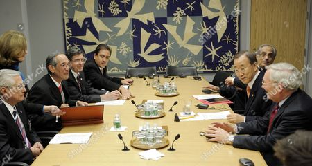 Alvaro Colom Caballeros (2nd L) President of Guatemala Talks with United Nations Secretary General Ban Ki-moon (2nd R) at the Start of a Meeting at United Nations Headquarters in New York New York Usa on 17 February 2010 United States New York