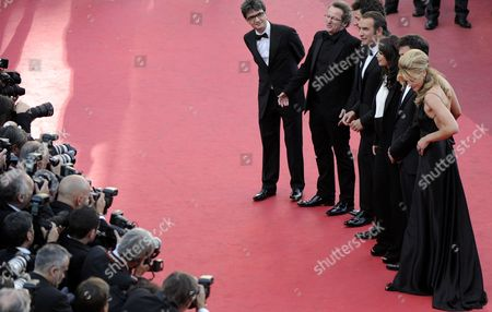 French Director Michel Hazanavicius (2-r) Us Actress Missi Pyle (r) French Actress Berenice Bejo (3-r) French Actor Jean Dujardin (4-l) French Cinematographer Guillaume Schiffman (2-l) and French Producer Thomas Langmann (l) Arrive For the Screening of 'The Artist' During the 64th Cannes Film Festival in Cannes France 15 May 2011 the Movie by Michel Hazanavicius is Presented in the Official Competition of the Film Festival Running From 11 to 22 May France Cannes