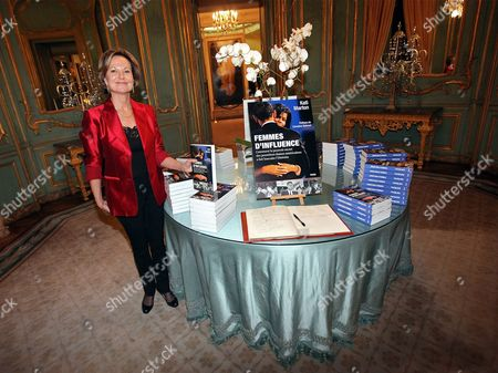 Journalist and Author Kati Marton Wife of Us Special Envoy For Pakistan and Afghanistan Richard Holbrooke Presents Her New Book Entitled 'Hidden Power' About Us First Ladies at a Reception in the Us Embassy in Paris France 19 January 2010 France Paris