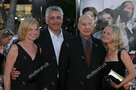 Adam Arkin with Phyllis Lyons and Alan Arkin and Wife Suzanne Newlander Arkin