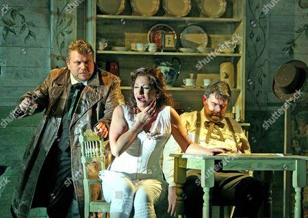 'La Fanciulla del West' - Olafur Sigurdarson ( Jack Rance )   Cynthia Makris ( Minnie )  John Hudson ( Dick Johnson )