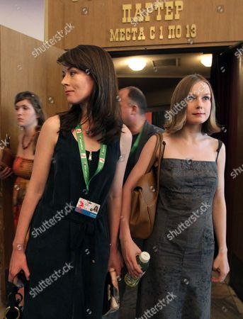 Russian Actress Nina Loshinina (r) and South African-born Actress Justine Waddell (l) Leave a Cinema Hall After a Press Conference For 'Mishen (target)' at the 33rd Moscow International Film Festival (miff) in Moscow Russia 26 June 2011 the Movie by Russian Director/writer Alexandre Zeldovich is Presented in the Section 'Gala Screenings' at the Film Festival That Runs From 23 June to 02 July Russian Federation Moscow