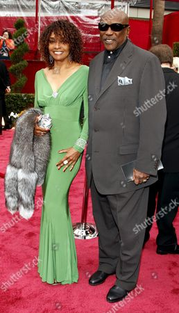 Us Actor Louis Gossett Jr (r) and Us Actress Beverly Todd (l) Arrive For the 80th Annual Academy Awards at the Kodak Theatre in Hollywood California Usa 24 February 2008 the Academy Awards Popularly Known As the Oscars Are Presented by the Academy of Motion Picture Arts and Sciences (ampas) to Recognize Excellence of Professionals in the Film Industry Including Directors Actors and Writers